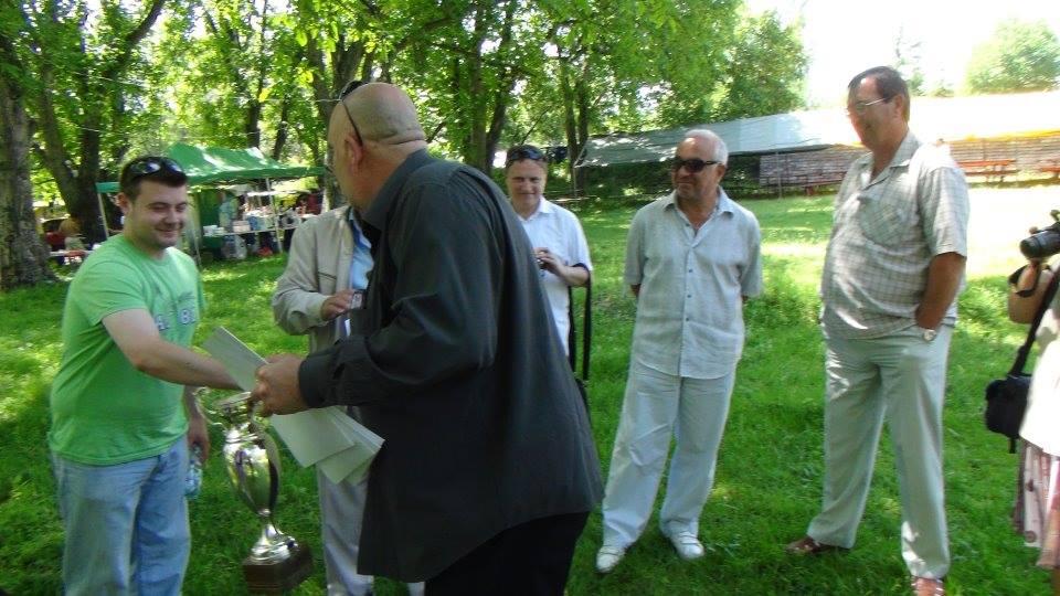 Любомир Чакъров награждаване в село Розино