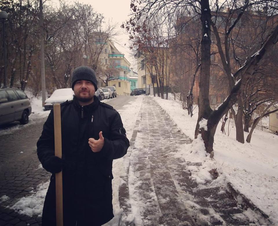 Любомир Чакъров и кампанията за почистване на снега