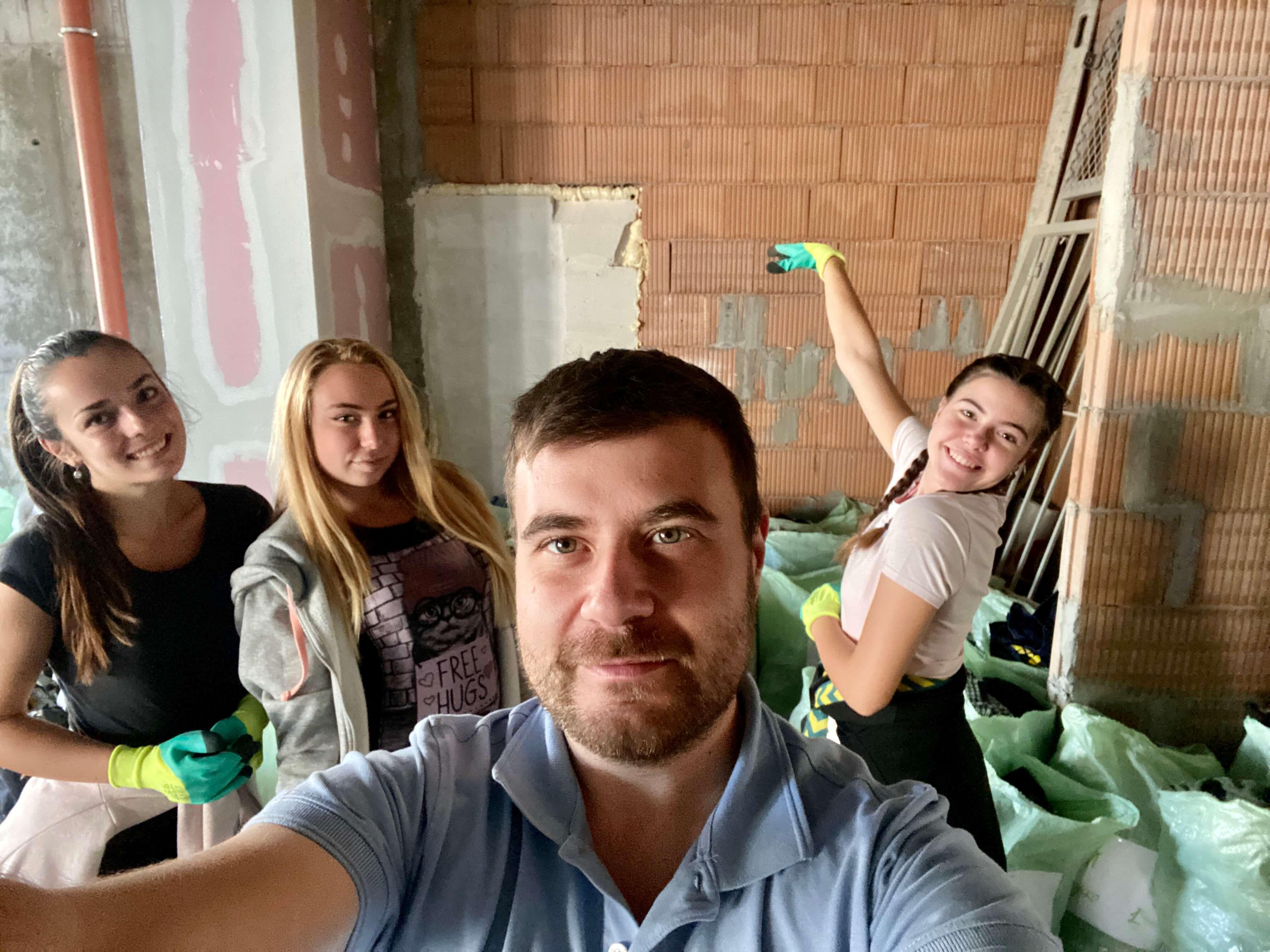 Любомир Чакъров и кампанията Дари Дреха - Дари Топлина